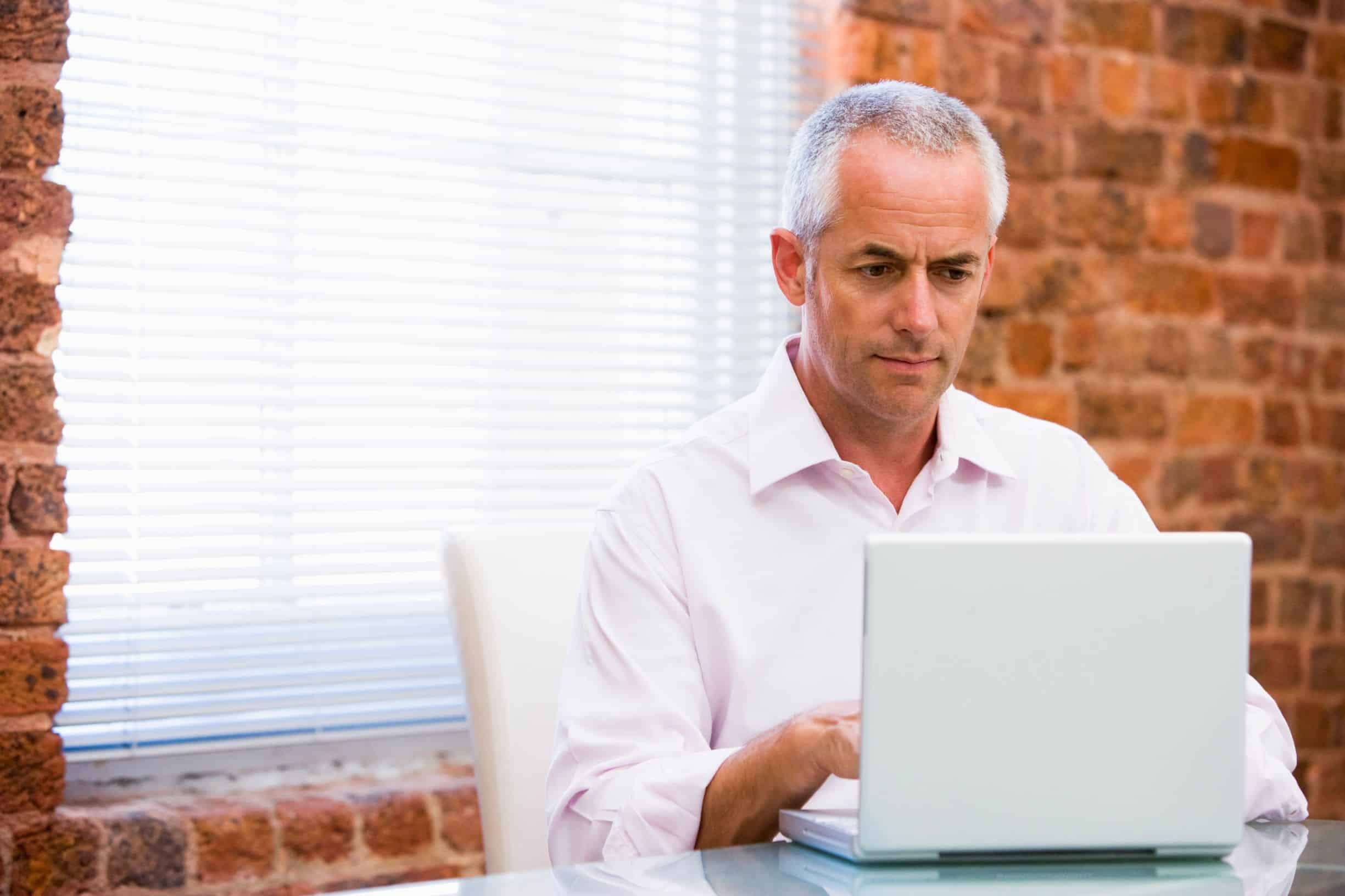 older man virtual bookeeper